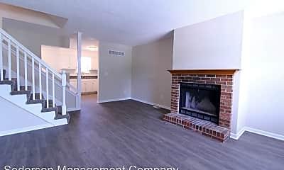 Living Room, 133 N Saxony Dr, 1