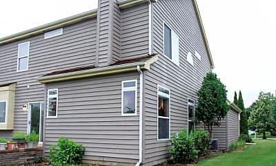 Building, 227 N Wellington Dr, 2