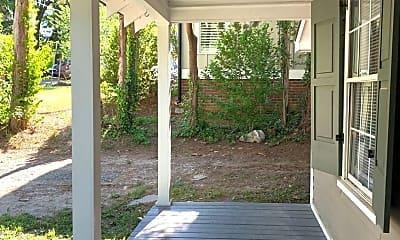 Patio / Deck, 2405 Kilgore Ave, 1