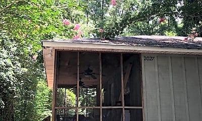 Building, 2027 Cox Rd, 1