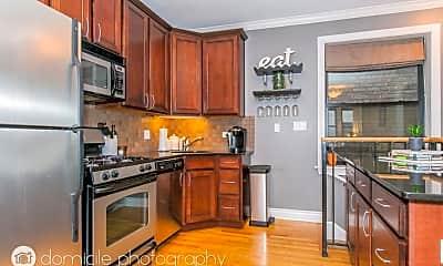 Kitchen, 552 W Deming Pl, 2