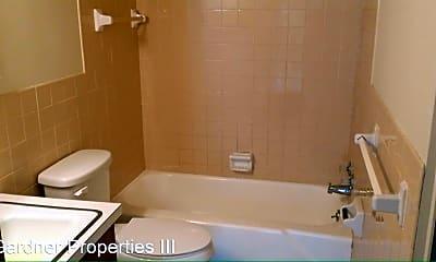 Bathroom, 1709 S Ferry St, 2