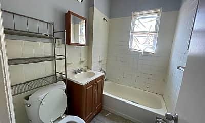 Bathroom, 311 Vermont Ave, 2