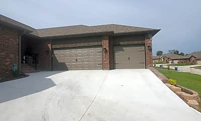 Building, 839 S Eastridge, 1
