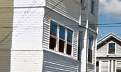 Building, 10 Salem St, 0