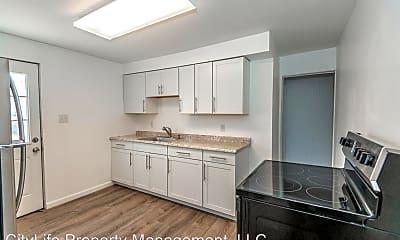Kitchen, 453 Edith St, 1