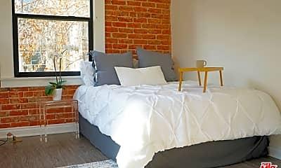 Bedroom, 5533 Hollywood Blvd 317, 1