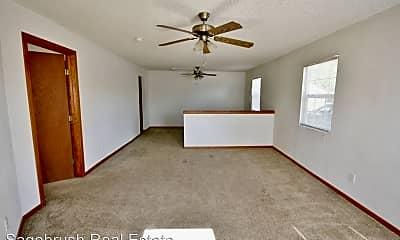 Living Room, 1109 Gidding St, 1