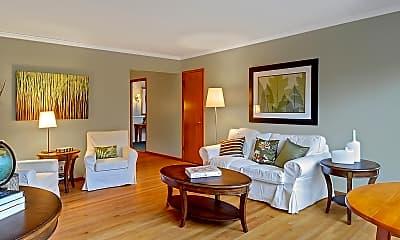 Living Room, 6212 Phinney Ave N, 1