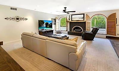 Living Room, 14415 N 62nd St, 2