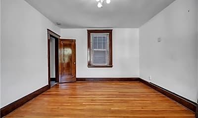 Bedroom, 826 State St, 2