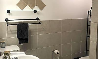 Bathroom, 2494 Akepa St, 2