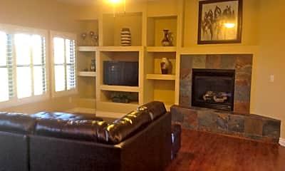 Living Room, 20121 N 76th St 2035, 0