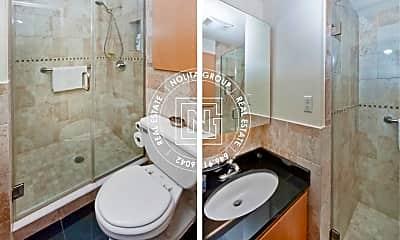 Bathroom, 354 Broome St, 2