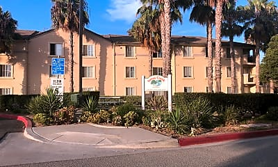 Sunny Creek Apartments, 1