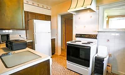 Kitchen, 1605 N Cedar St, 1