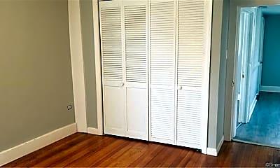 Bedroom, 50 Green St, 2
