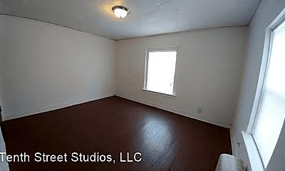Bedroom, 923 Douglas St, 1
