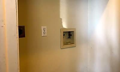 Bathroom, 308 Cedar Ave, 2