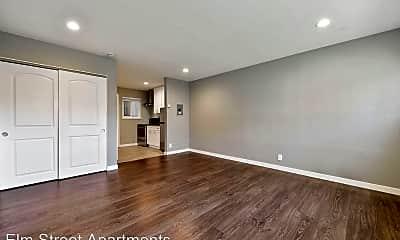Living Room, 1012 Elm St, 1