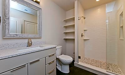 Bathroom, 15 E Piccadilly St 203, 2