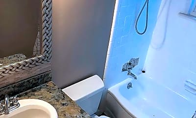 Bathroom, 15580 Birwood Ave, 2