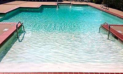 Pool, Hampstead Heath Apartments & Townhomes, 2