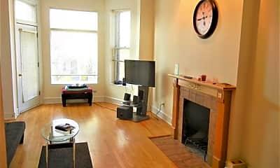 Living Room, 1451 W Belle Plaine Ave, 1