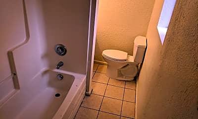 Bathroom, 3400 33rd St, 2