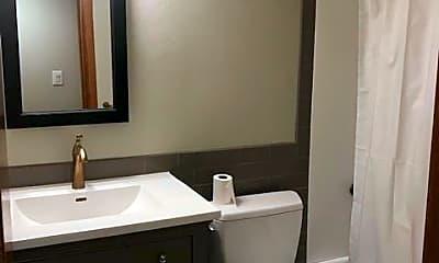Bathroom, 89 W Boulder Street, 2