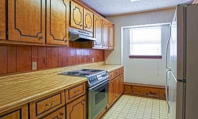 Kitchen, Bar Tree Apartments, 0