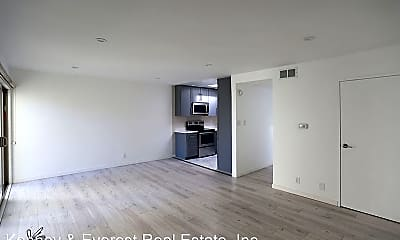 Living Room, 1751 Pacific Ave, 1