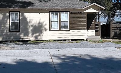 Building, 3011 Cleburne St, 0