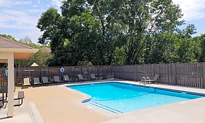 PepperTree Apartments & Townhomes, 2