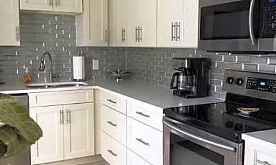 Kitchen, 195 Peppermint Ln 881, 1