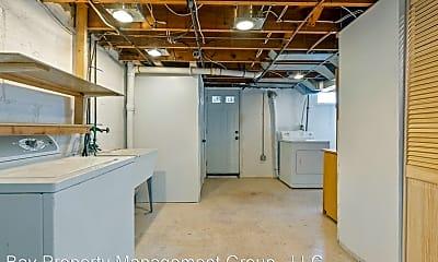 Bathroom, 114 Riverthorn Rd, 2