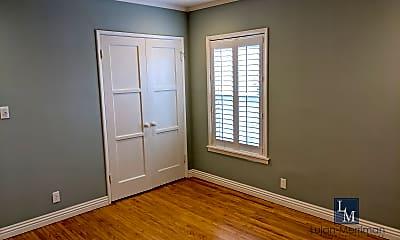 Bedroom, 1323 N Harper Ave, 2
