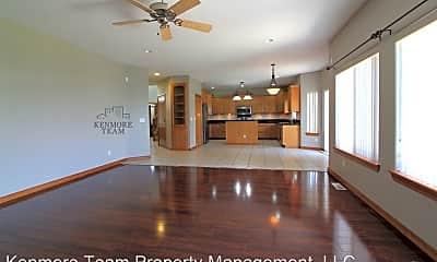 Living Room, 538 Meadow Hills Dr, 1