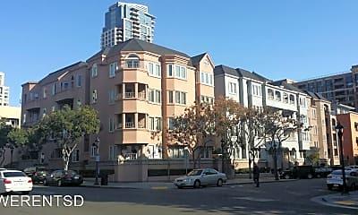 Building, 655 Columbia St, 1