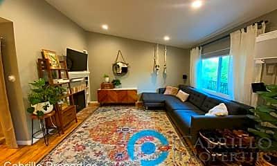 Living Room, 4368 42nd St, 1