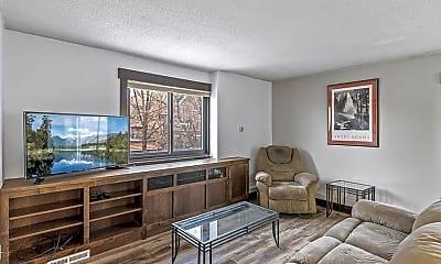 Living Room, 410 Groveland Ave, 1