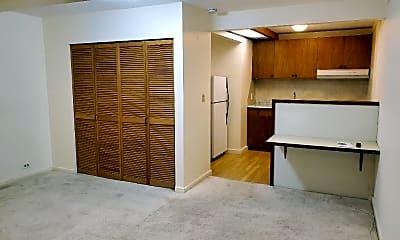 Bedroom, 2480 Pali Hwy, 1