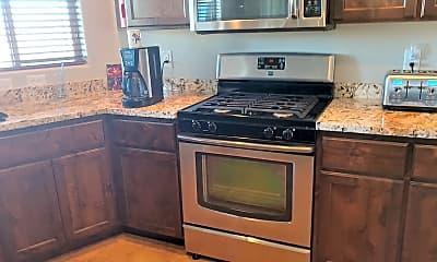 Kitchen, 2190 Desert Willow Dr, 2