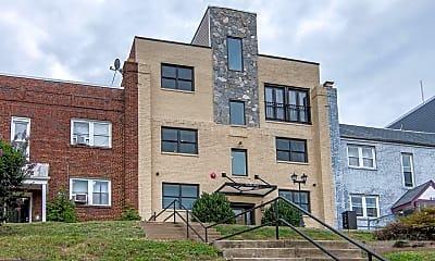 Building, 1928 3rd St NE 3, 2