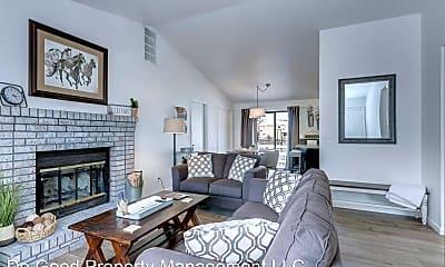 Bedroom, 5660 W Targee St, 1
