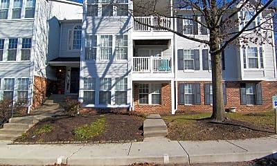 Building, 905 Woodbridge Ct M, 0