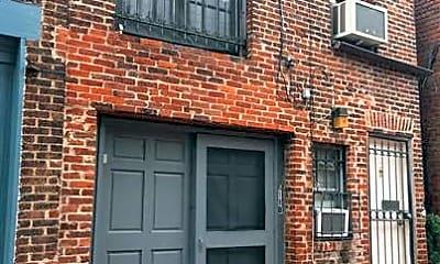 Building, 618 A St NE, 0