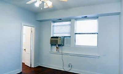 Bedroom, 3727 N Pine Grove Ave, 0
