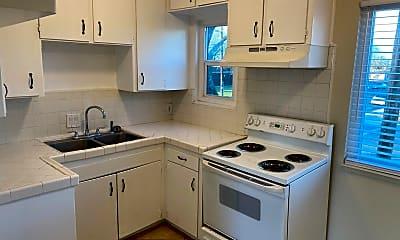 Kitchen, 938 Illinois Ave, 1