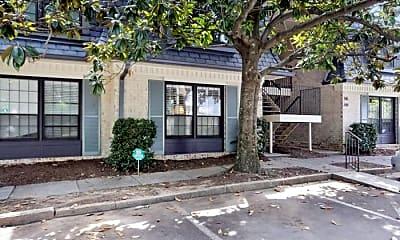 Building, 146 Maison Pl NW, 1